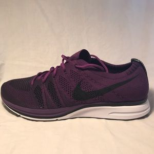 9c44e6aa61cf Nike Shoes - Nike Flyknit Trainer AH8396-500 Size 10.5 Men